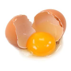 Äggkastning på fasad